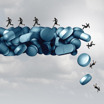 Treating acute pain requires physicians to achieve a difficult balance between helping the patient resume activities of daily living and guarding against potential long-term opioid use or abuse Image by iStock
